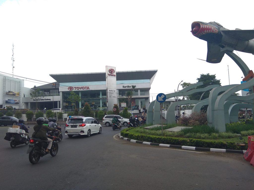 Dealer Toyota Malang Resmi Kartika Sari Showroom Bengkel Servis