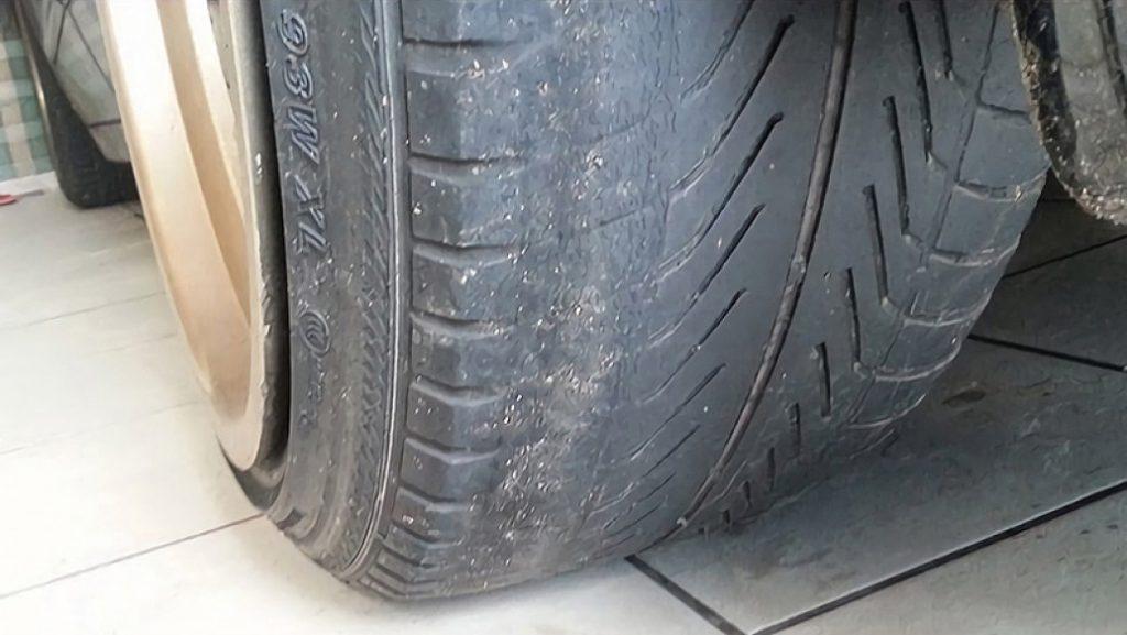 Toyota Malang Ban Diam Tetap diganti